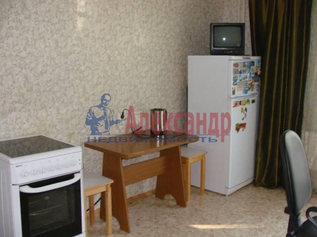 1-комнатная квартира (35м2) в аренду по адресу Черняховского ул., 39— фото 1 из 3