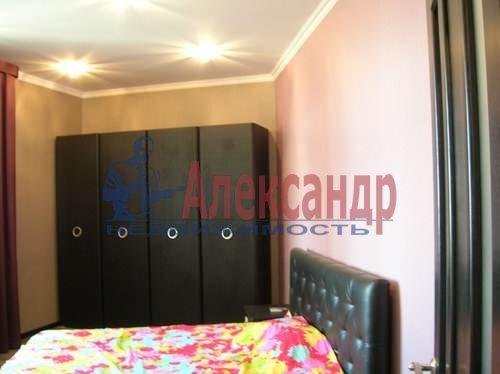 2-комнатная квартира (80м2) в аренду по адресу Коломяжский пр., 26— фото 10 из 10