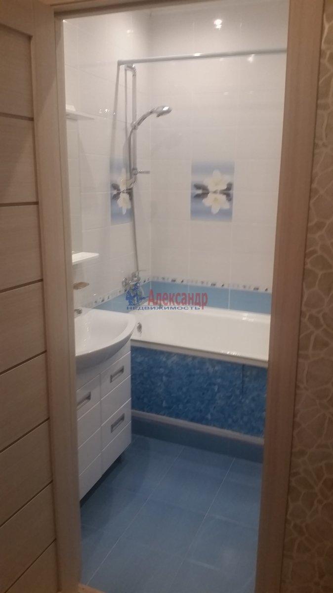 2-комнатная квартира (59м2) в аренду по адресу Обуховской Обороны пр., 110— фото 6 из 18