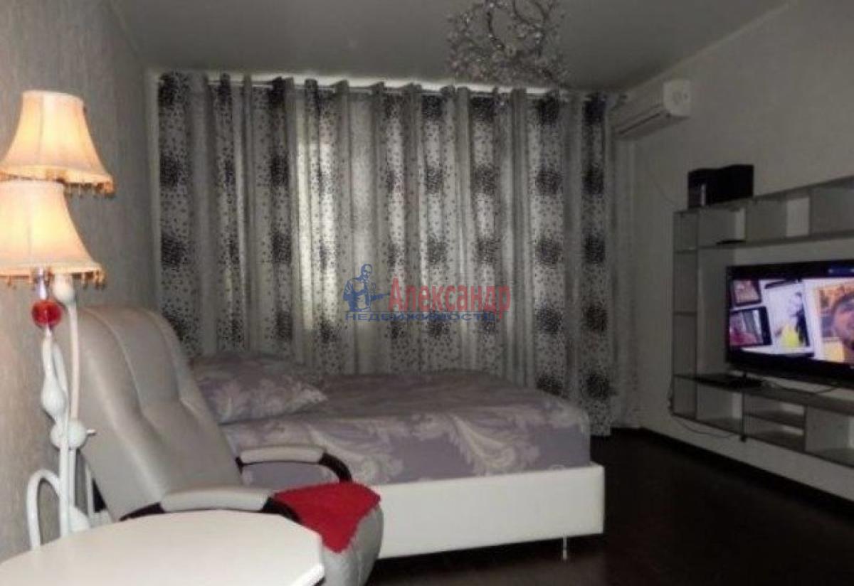 1-комнатная квартира (40м2) в аренду по адресу Коллонтай ул., 15— фото 4 из 5