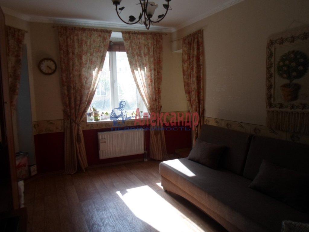 2-комнатная квартира (82м2) в аренду по адресу Горная ул., 1— фото 4 из 4