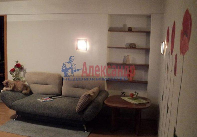 1-комнатная квартира (42м2) в аренду по адресу Луначарского пр., 104— фото 4 из 5