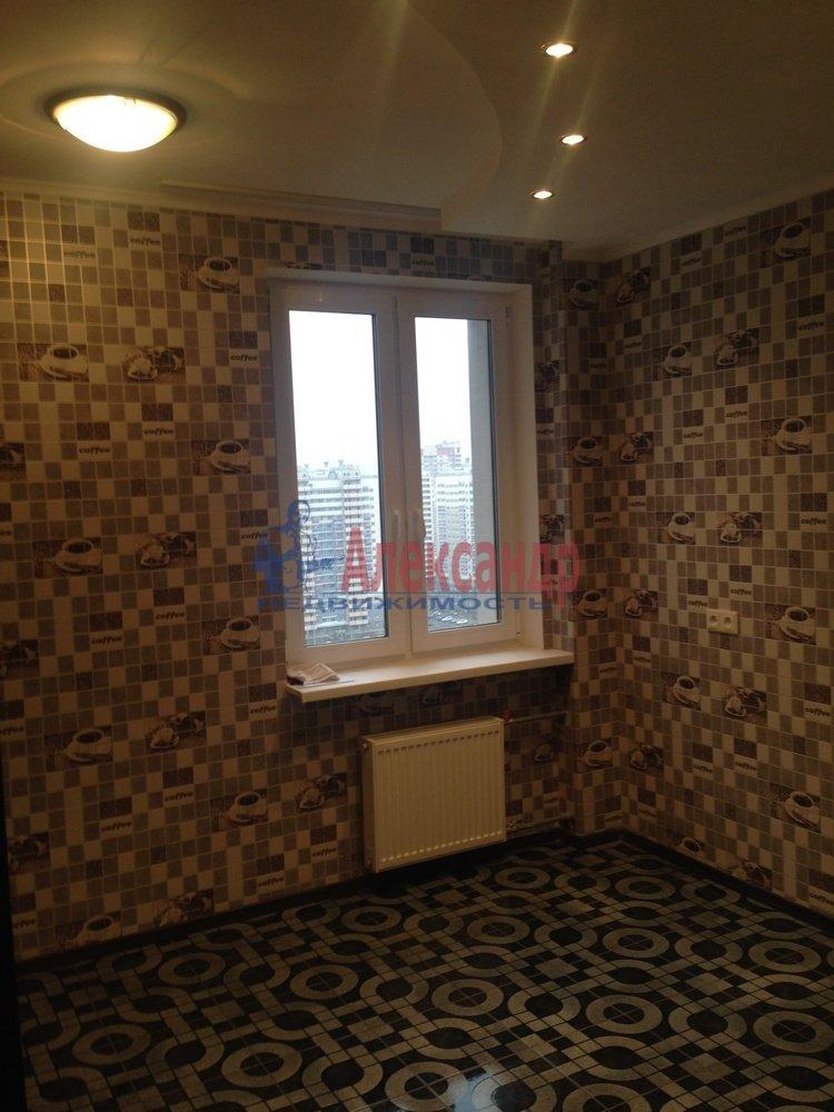 2-комнатная квартира (55м2) в аренду по адресу Доблести ул., 7— фото 5 из 9