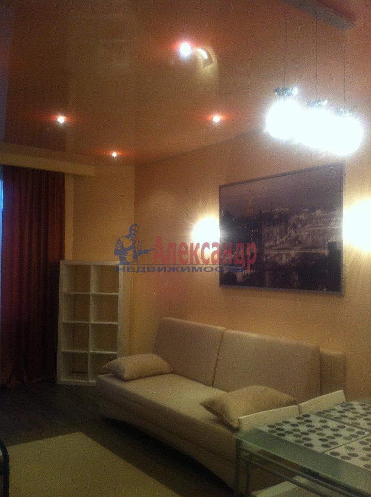 2-комнатная квартира (72м2) в аренду по адресу Просвещения просп., 99— фото 9 из 13