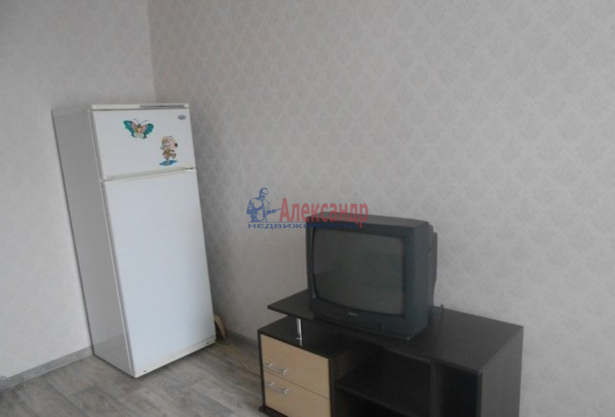 Комната в 3-комнатной квартире (60м2) в аренду по адресу Херсонская ул., 10— фото 2 из 5