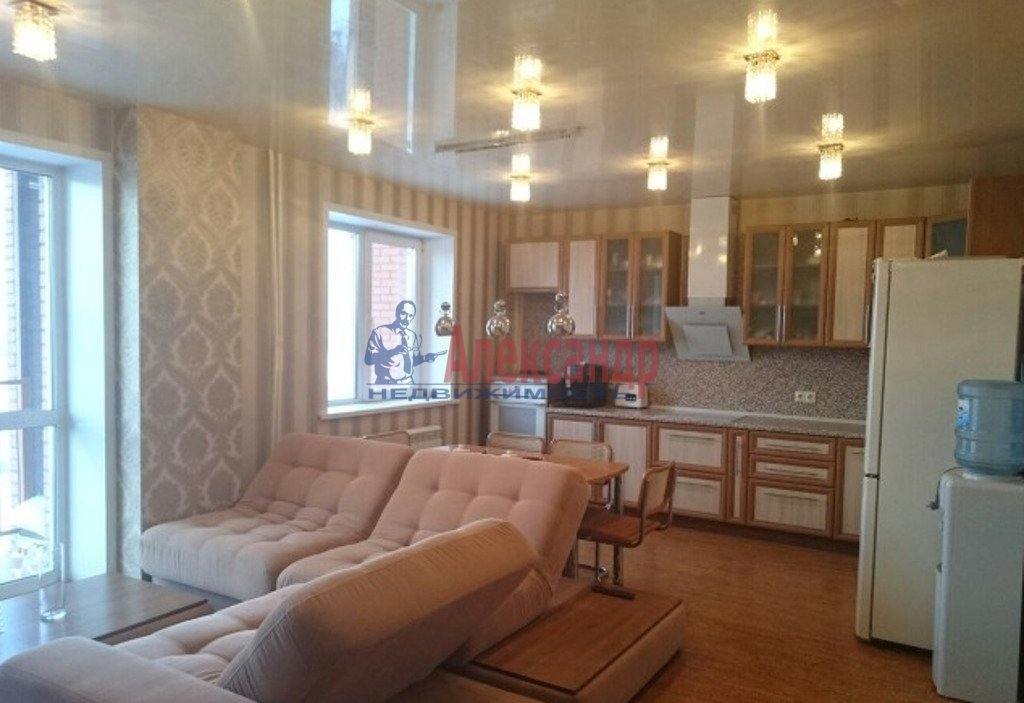 3-комнатная квартира (126м2) в аренду по адресу Маршала Жукова пр., 36— фото 1 из 4