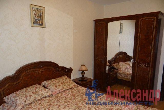 2-комнатная квартира (57м2) в аренду по адресу Белградская ул., 54— фото 3 из 5