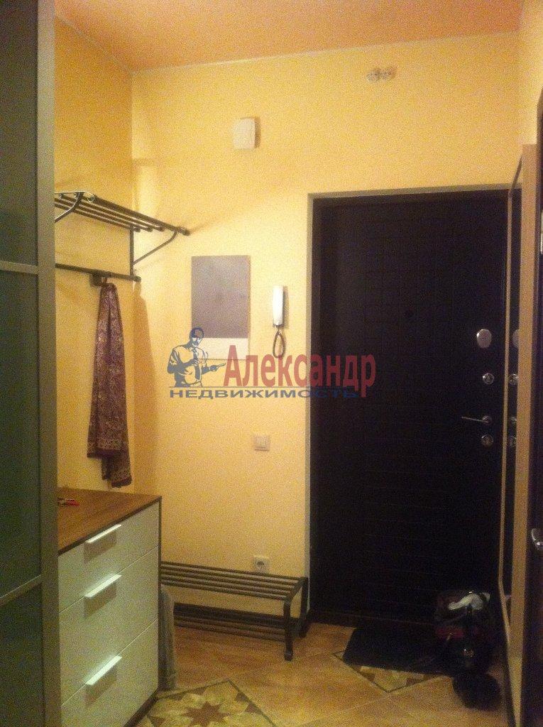 2-комнатная квартира (72м2) в аренду по адресу Просвещения просп., 99— фото 10 из 13