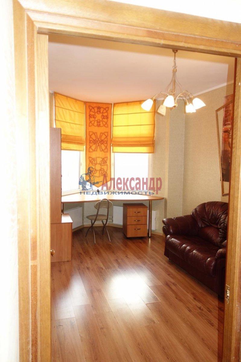 3-комнатная квартира (82м2) в аренду по адресу Боткинская ул., 15— фото 10 из 20