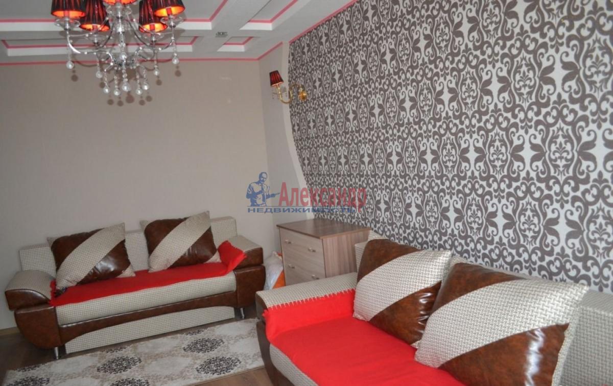 1-комнатная квартира (40м2) в аренду по адресу Стачек пл., 212— фото 4 из 8
