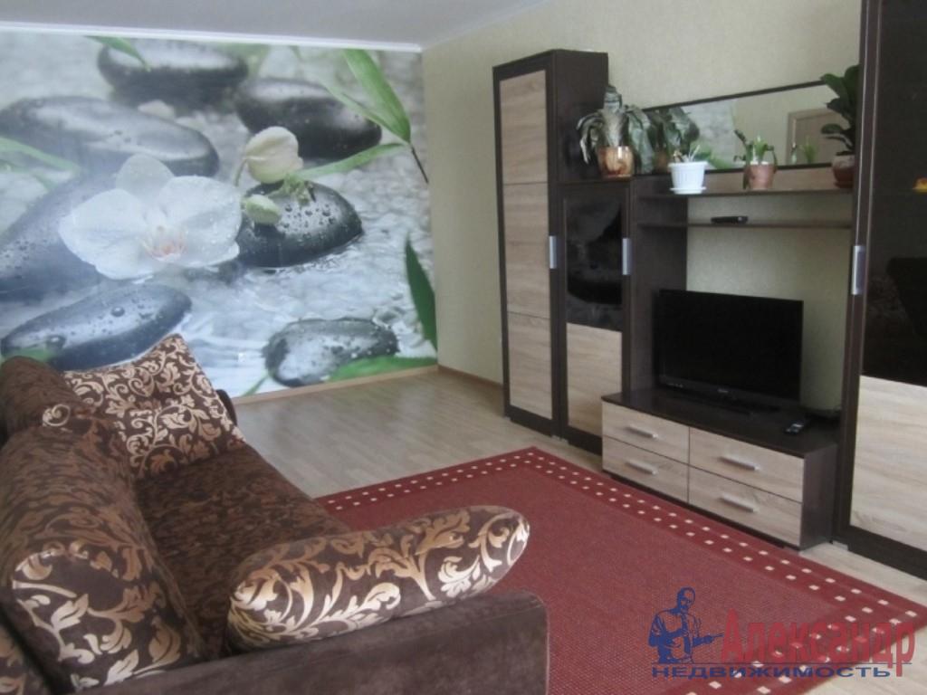 1-комнатная квартира (37м2) в аренду по адресу Парголово пос., Федора Абрамова ул., 18— фото 1 из 3