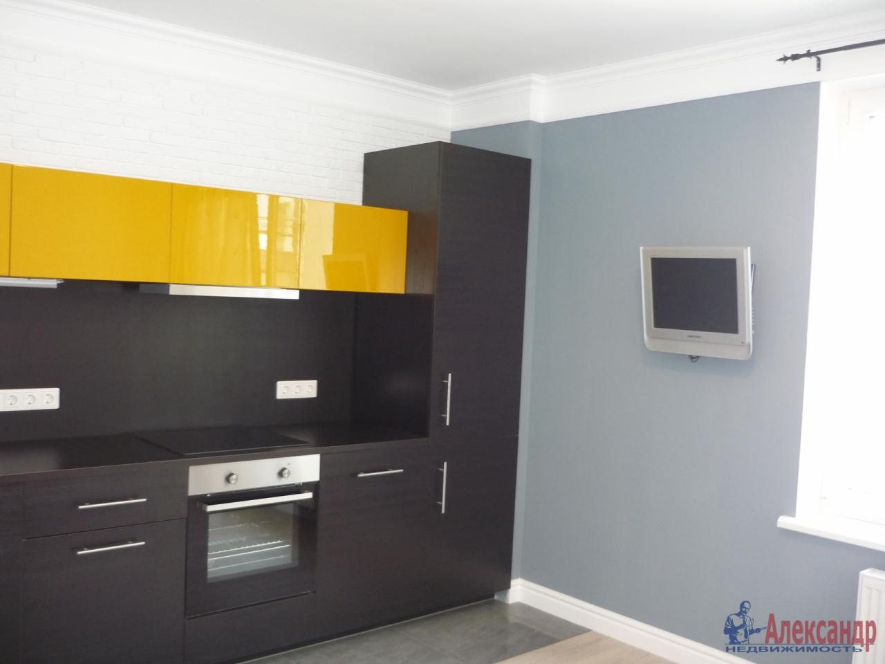 2-комнатная квартира (72м2) в аренду по адресу Кременчугская ул., 9— фото 3 из 17