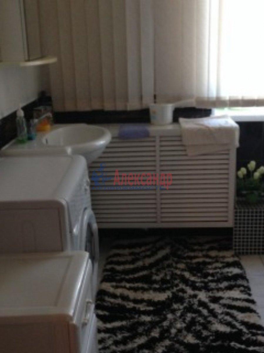 2-комнатная квартира (62м2) в аренду по адресу Авиаконструкторов пр., 23— фото 4 из 4