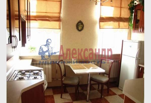 1-комнатная квартира (40м2) в аренду по адресу Маяковского ул., 30— фото 3 из 8