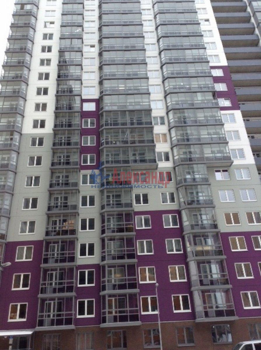 1-комнатная квартира (40м2) в аренду по адресу Мурино пос., Привокзальная пл., 3— фото 13 из 13