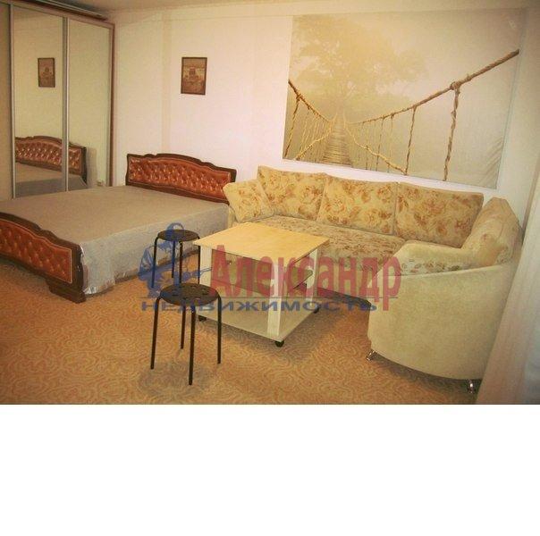 1-комнатная квартира (44м2) в аренду по адресу Ломаная ул., 6— фото 3 из 5