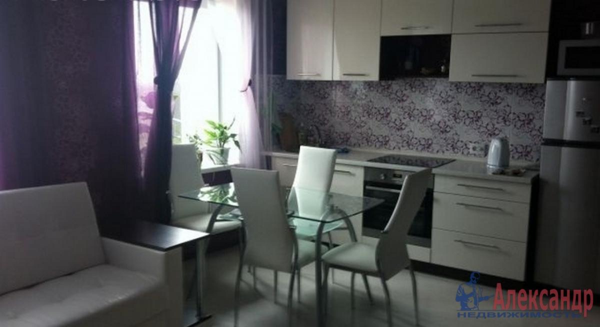 2-комнатная квартира (95м2) в аренду по адресу Петровский пр., 14— фото 3 из 3