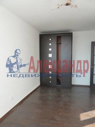 2-комнатная квартира (60м2) в аренду по адресу Юрия Гагарина просп., 14— фото 3 из 9