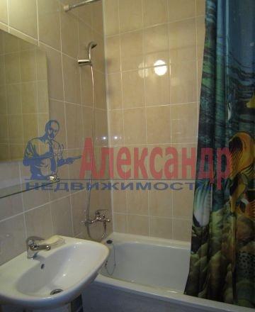 2-комнатная квартира (60м2) в аренду по адресу Ярослава Гашека ул., 24— фото 4 из 5