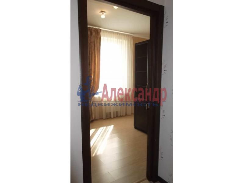 3-комнатная квартира (100м2) в аренду по адресу Коломяжский пр., 15— фото 10 из 14