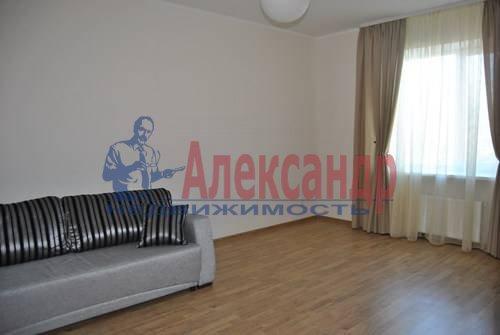 3-комнатная квартира (97м2) в аренду по адресу Просвещения просп., 87— фото 2 из 7