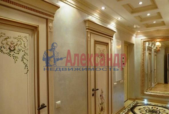 3-комнатная квартира (90м2) в аренду по адресу Невский пр., 98— фото 3 из 4