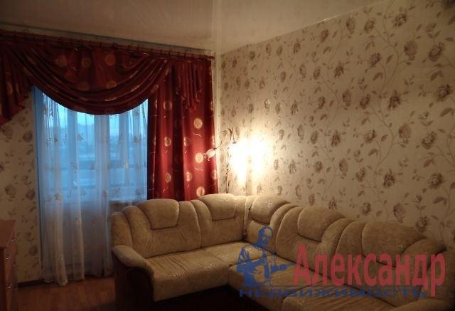 2-комнатная квартира (57м2) в аренду по адресу Белградская ул., 54— фото 1 из 5