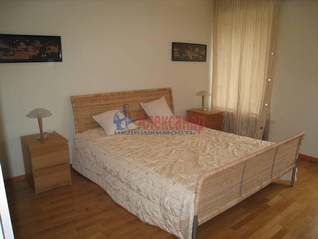 1-комнатная квартира (41м2) в аренду по адресу Итальянская ул., 6— фото 3 из 3