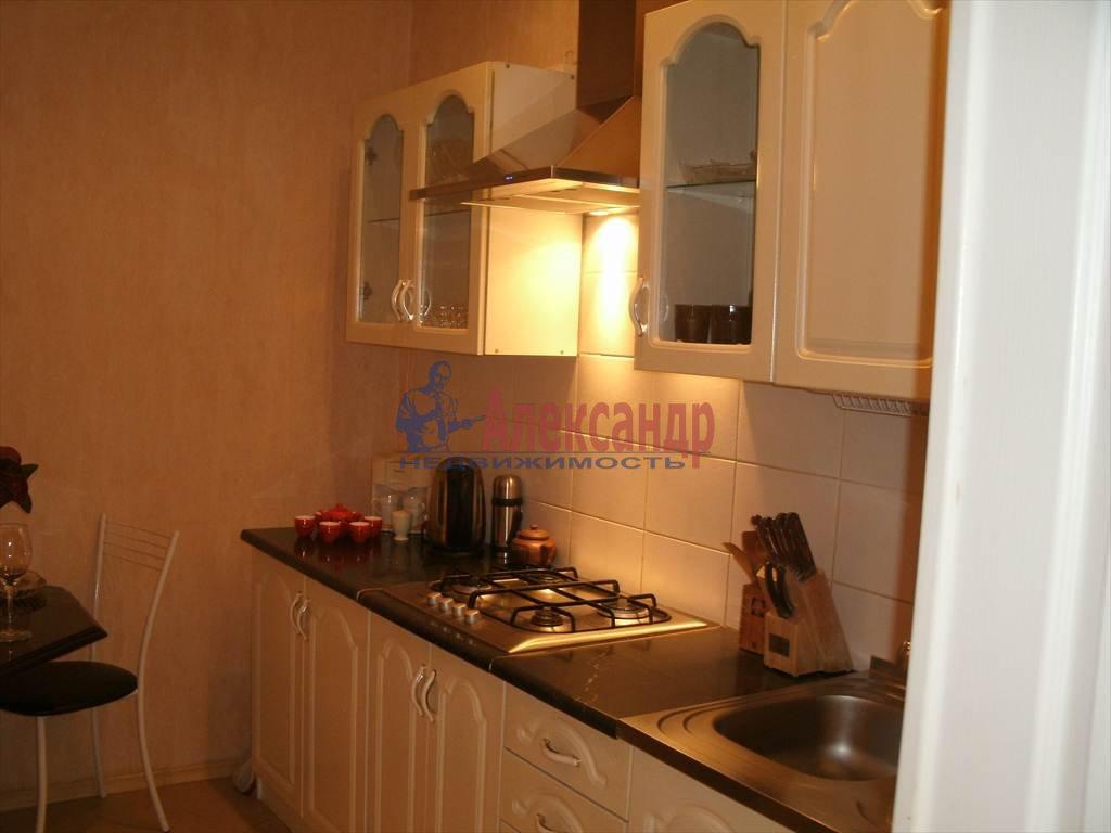 2-комнатная квартира (56м2) в аренду по адресу Гражданский пр., 36— фото 1 из 4