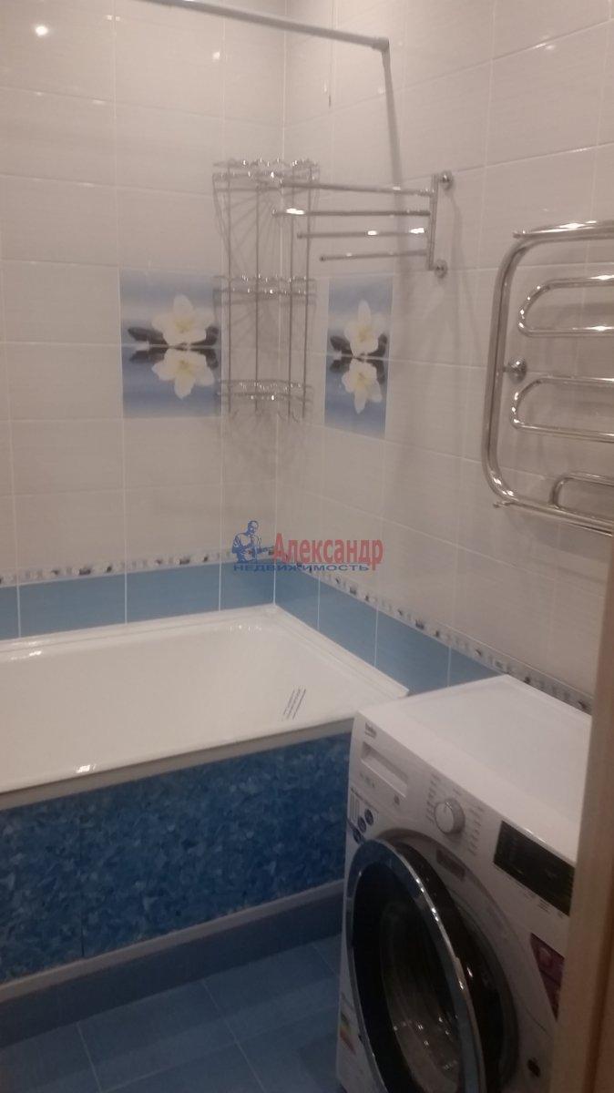 2-комнатная квартира (59м2) в аренду по адресу Обуховской Обороны пр., 110— фото 7 из 18