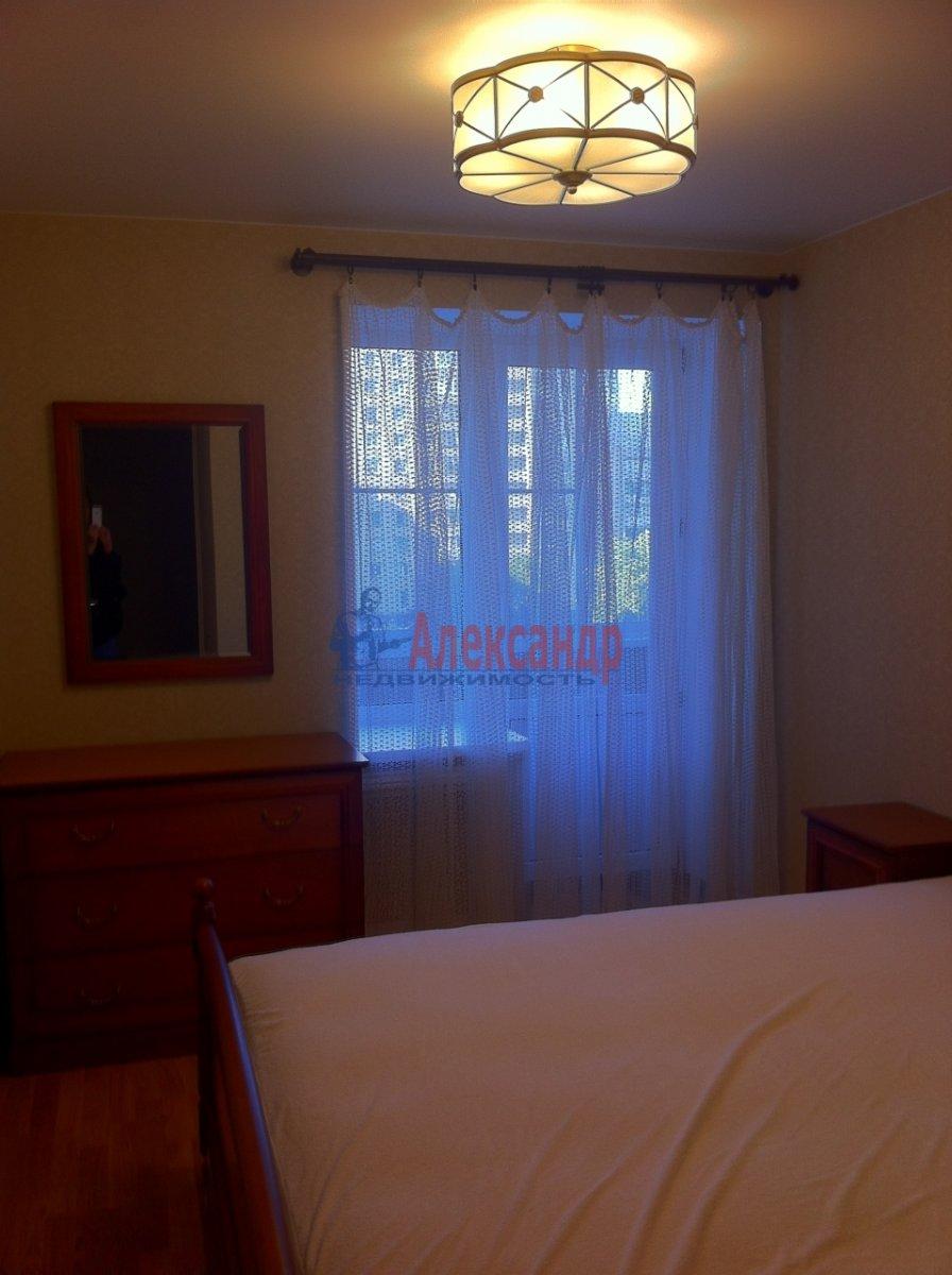 2-комнатная квартира (54м2) в аренду по адресу Новосмоленская наб., 1— фото 5 из 15
