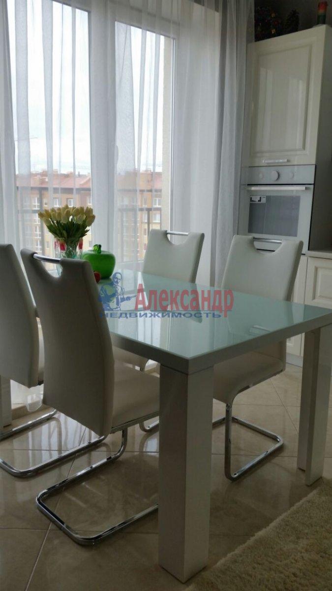 2-комнатная квартира (74м2) в аренду по адресу Шотмана ул., 6— фото 2 из 13