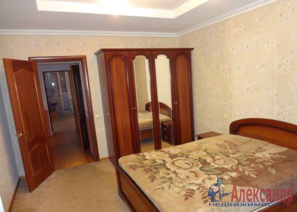2-комнатная квартира (70м2) в аренду по адресу Шелгунова ул., 9— фото 1 из 3