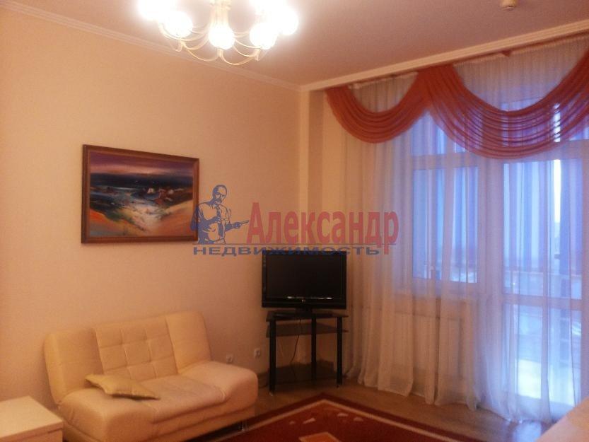 1-комнатная квартира (42м2) в аренду по адресу Белы Куна ул., 1— фото 3 из 4