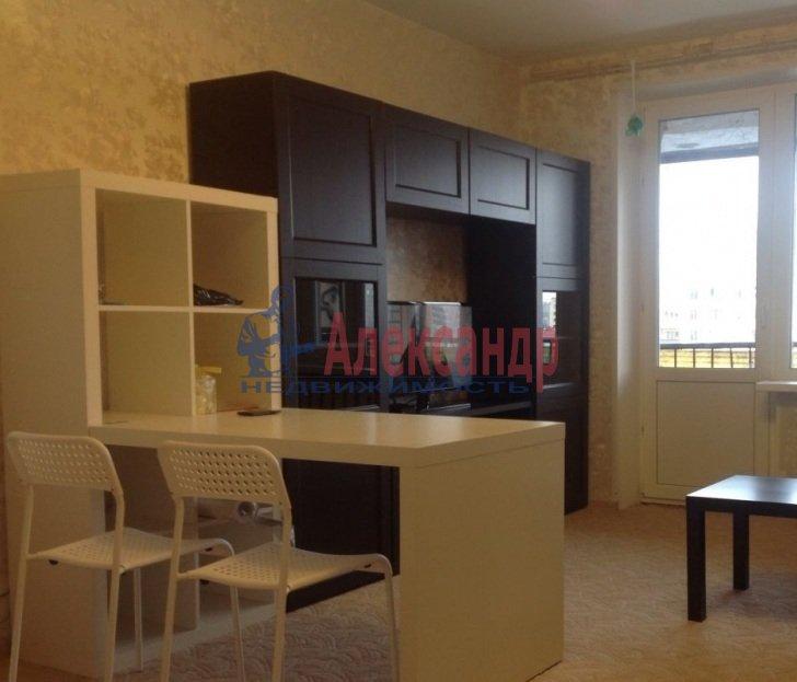 1-комнатная квартира (40м2) в аренду по адресу Искровский пр., 22— фото 1 из 6