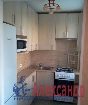 1-комнатная квартира (36м2) в аренду по адресу Стачек пр., 101— фото 2 из 2