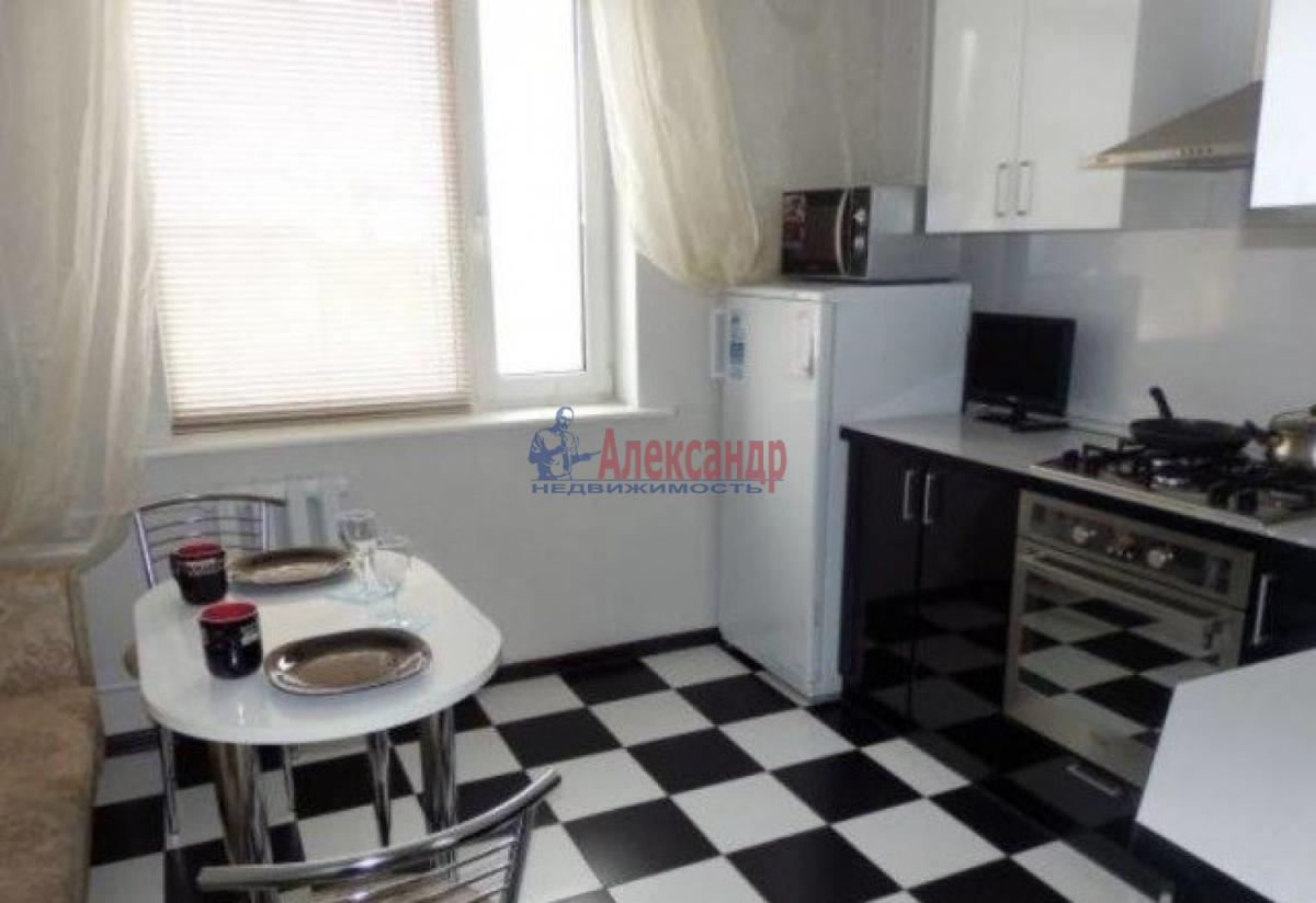 1-комнатная квартира (40м2) в аренду по адресу Коллонтай ул., 15— фото 1 из 5