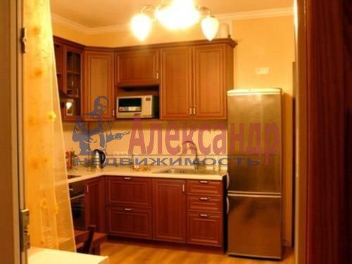 2-комнатная квартира (64м2) в аренду по адресу Солдата Корзуна ул., 58— фото 1 из 6