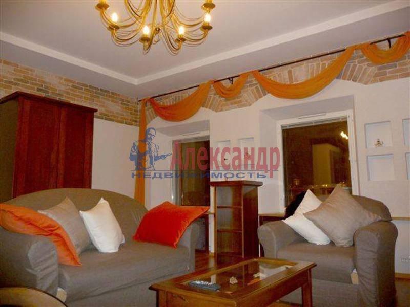 1-комнатная квартира (80м2) в аренду по адресу Невский пр., 1— фото 1 из 2