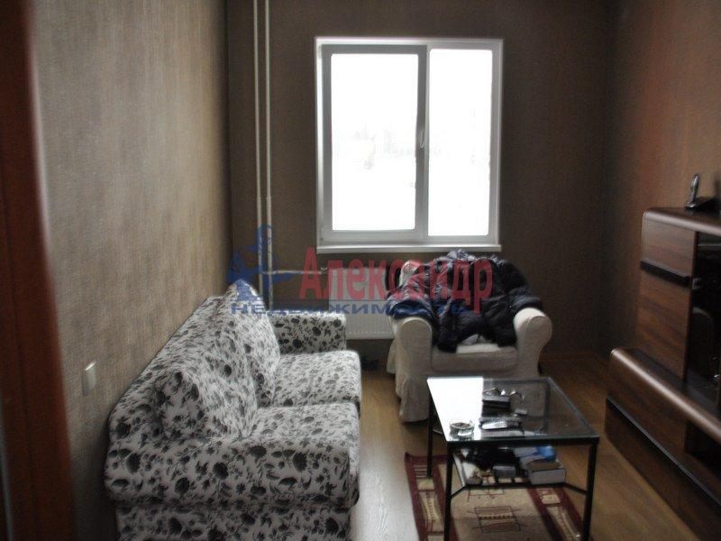 1-комнатная квартира (35м2) в аренду по адресу Зины Портновой ул., 25— фото 1 из 9