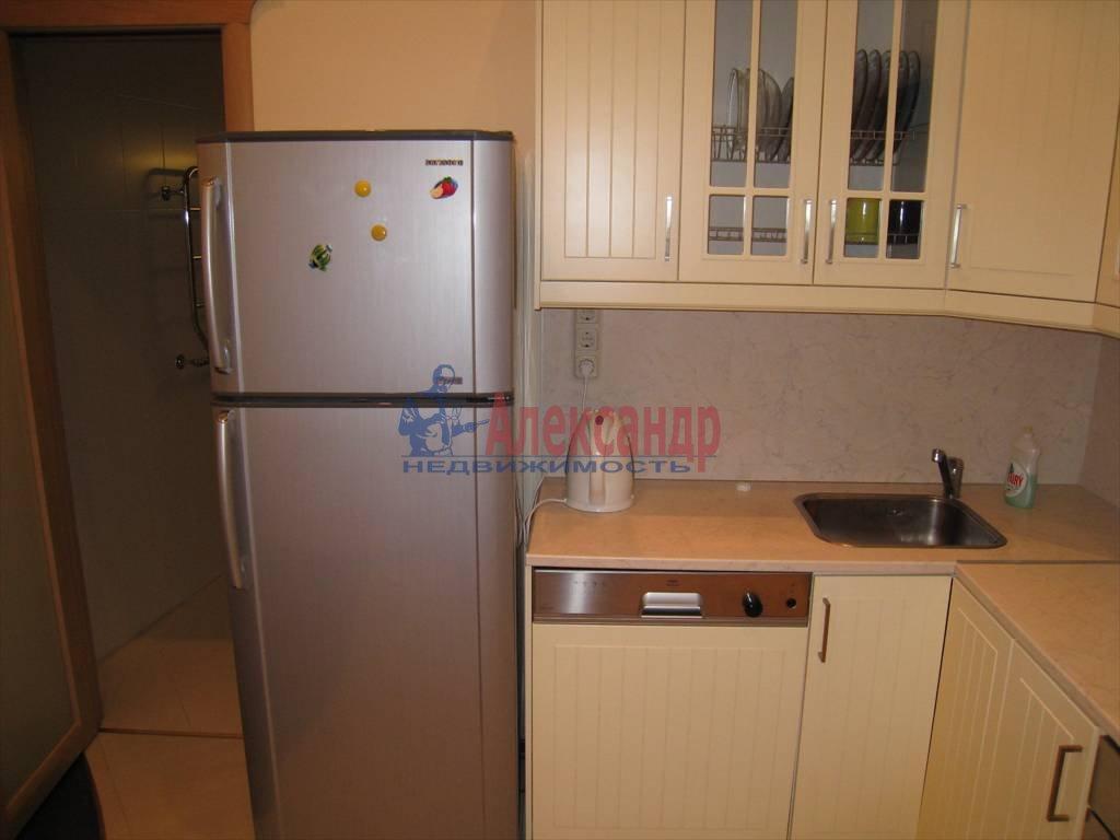 3-комнатная квартира (110м2) в аренду по адресу Невский пр., 16— фото 5 из 5