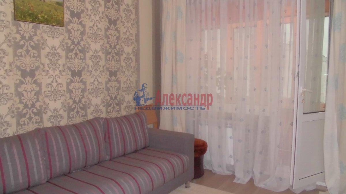 2-комнатная квартира (53м2) в аренду по адресу Ушинского ул., 21— фото 1 из 9