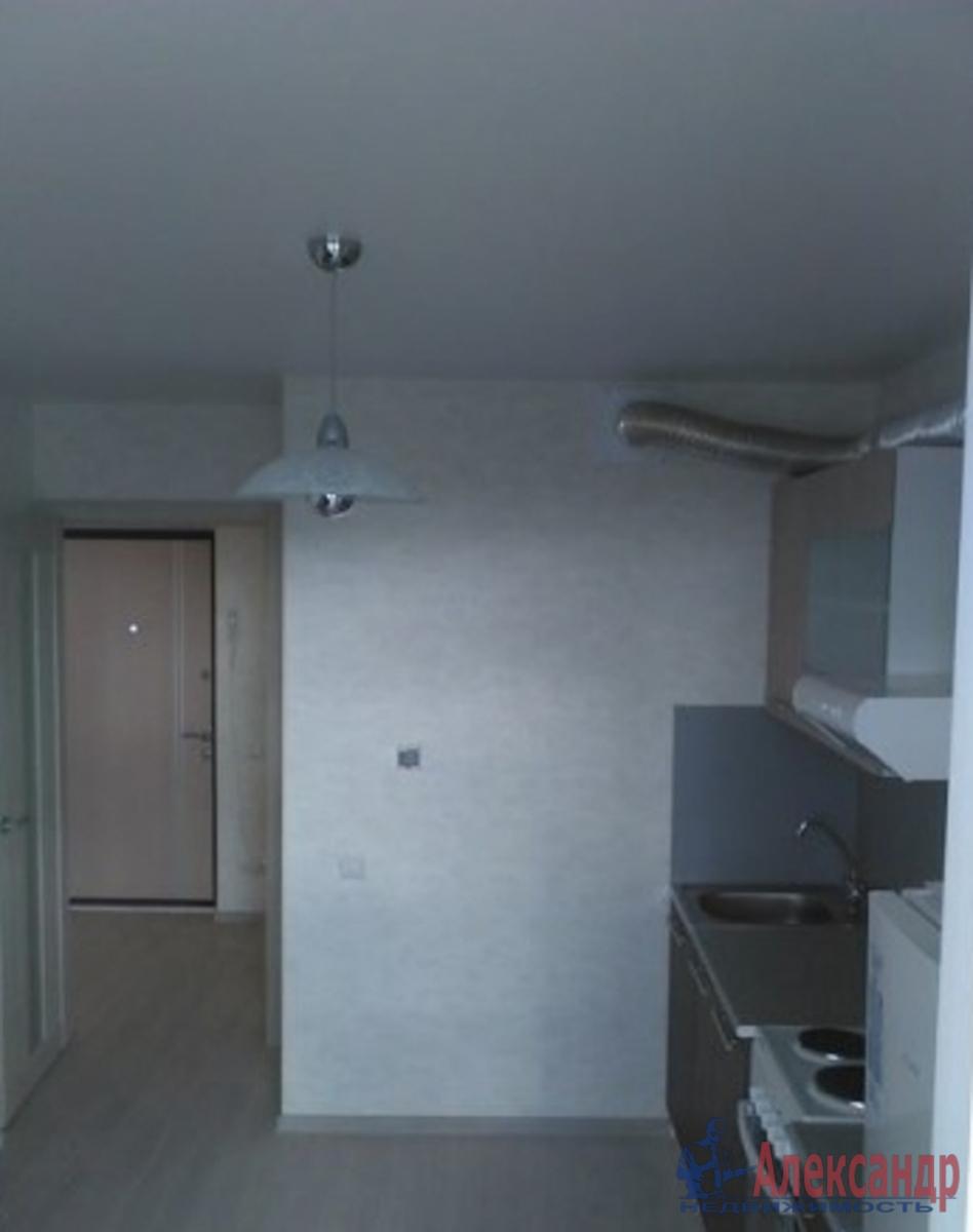 2-комнатная квартира (65м2) в аренду по адресу Кременчугская ул., 17— фото 2 из 5