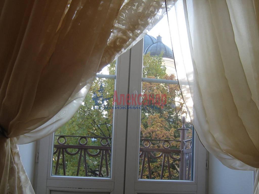 5-комнатная квартира (240м2) в аренду по адресу Манежный пер., 6— фото 3 из 16