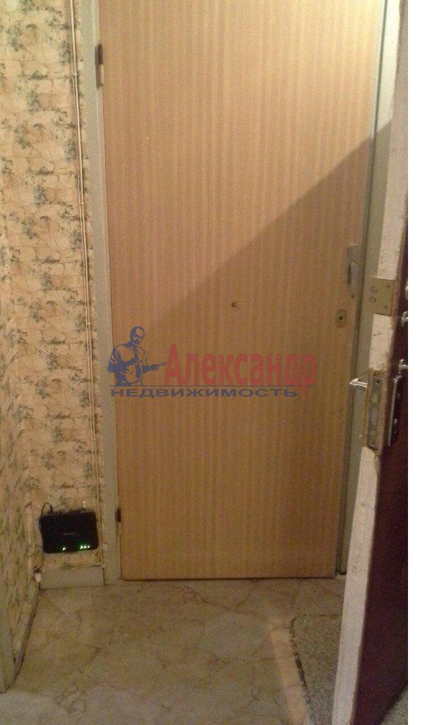 1-комнатная квартира (39м2) в аренду по адресу Кораблестроителей ул., 37— фото 3 из 17