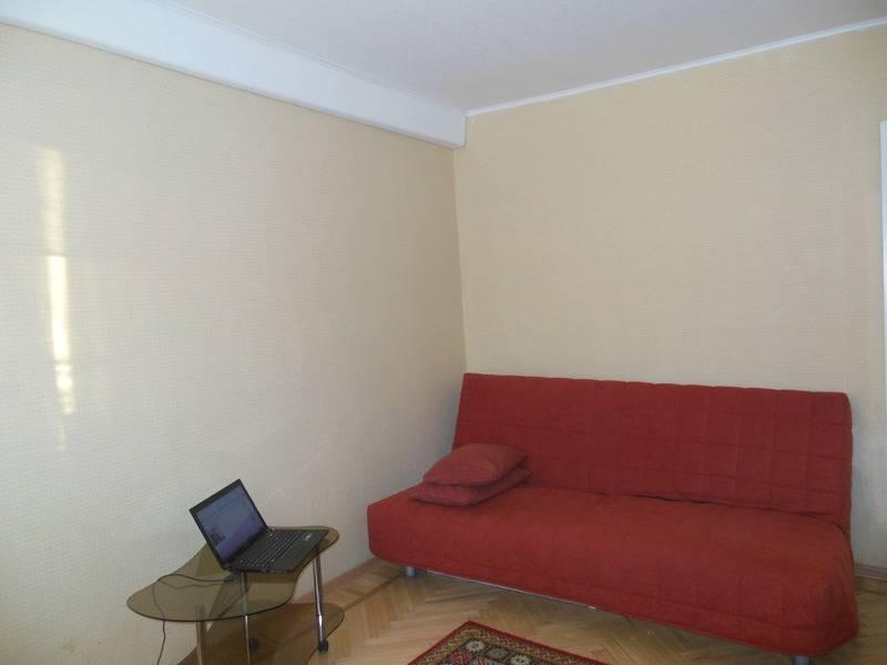 2-комнатная квартира (52м2) в аренду по адресу Брянцева ул., 2— фото 2 из 7