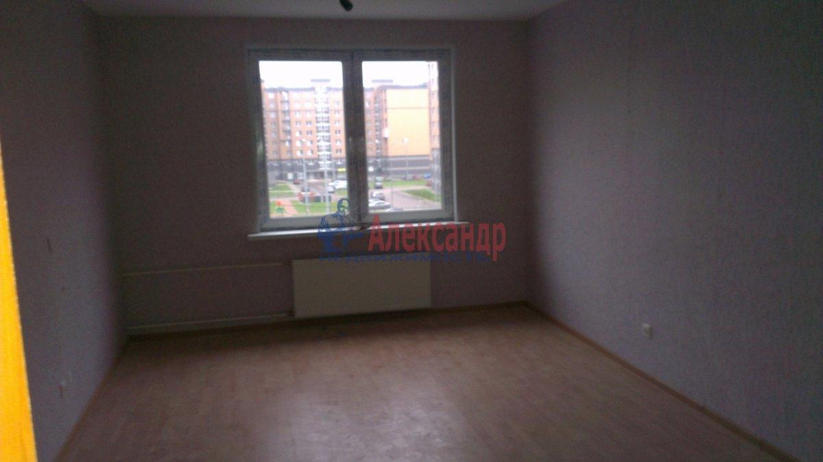 1-комнатная квартира (63м2) в аренду по адресу Комендантский пр., 11— фото 5 из 5