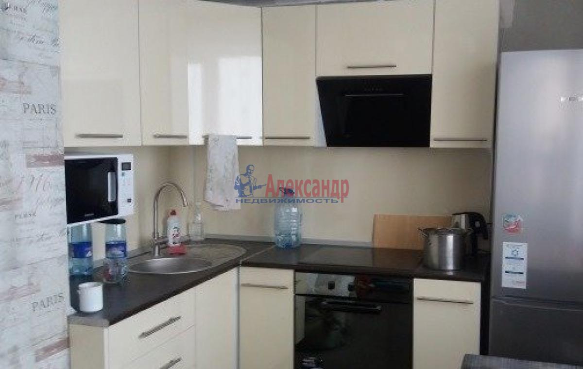 1-комнатная квартира (41м2) в аренду по адресу Ленинский пр., 115— фото 1 из 3
