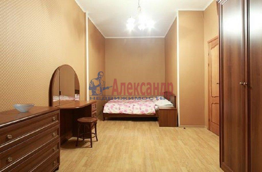 Комната в 3-комнатной квартире (85м2) в аренду по адресу Моховая ул., 39— фото 1 из 6