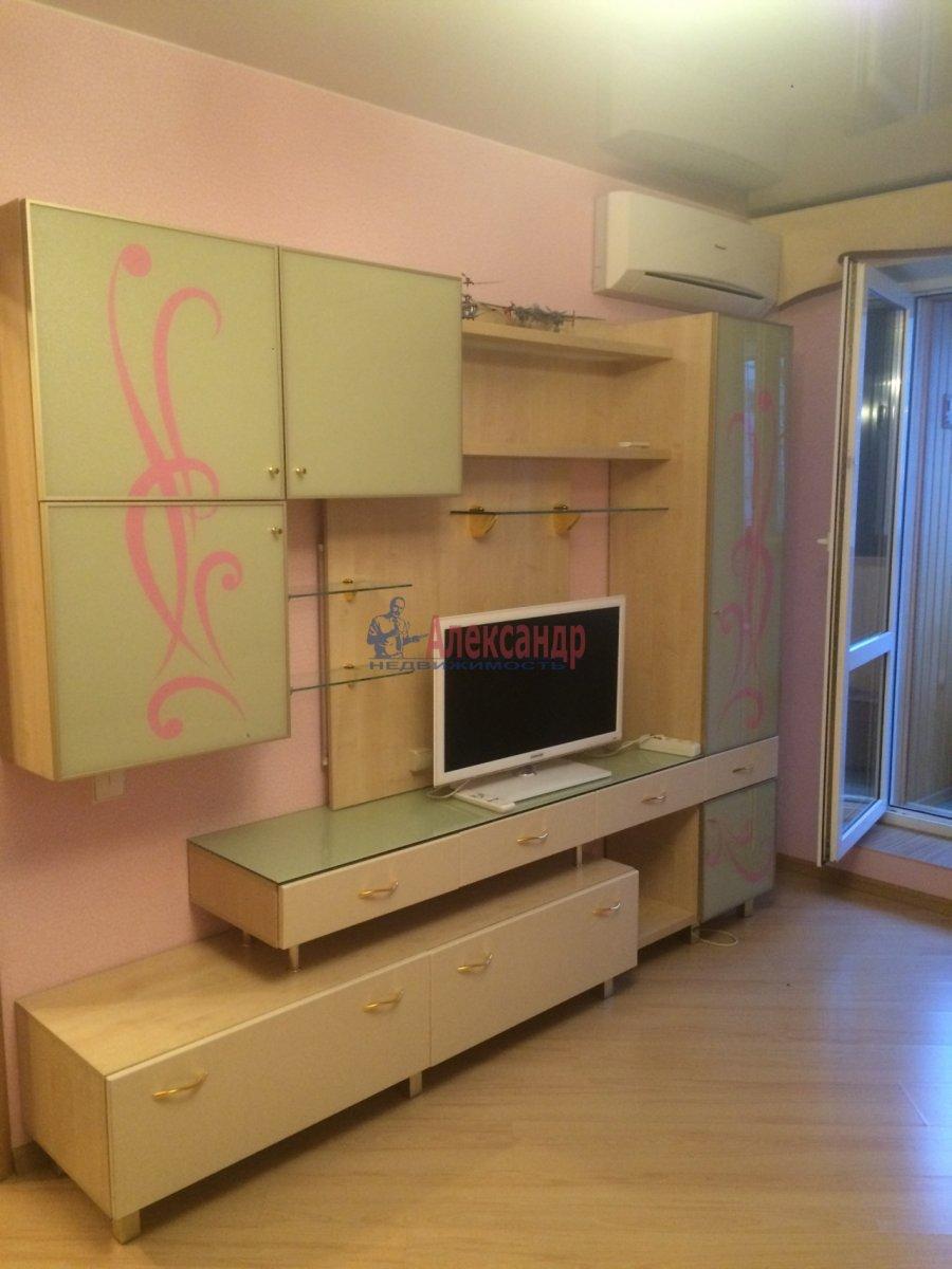 1-комнатная квартира (40м2) в аренду по адресу Космонавтов просп., 61— фото 10 из 11